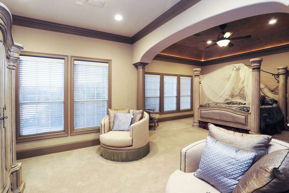 The master bedroom sitting area.