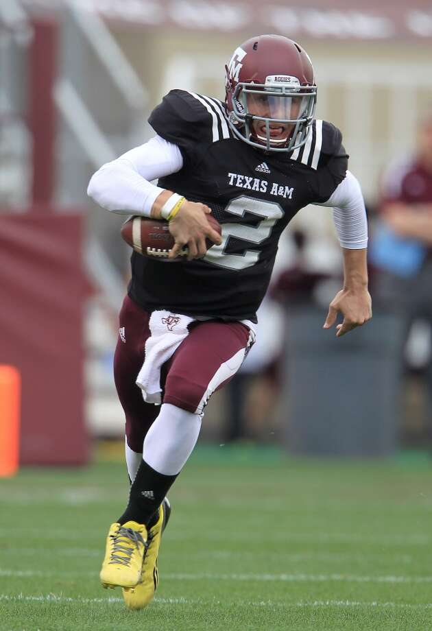 Texas A&M quarterback Johnny Manziel in action during the Aggies' spring football game. Photo: Karen Warren, Houston Chronicle