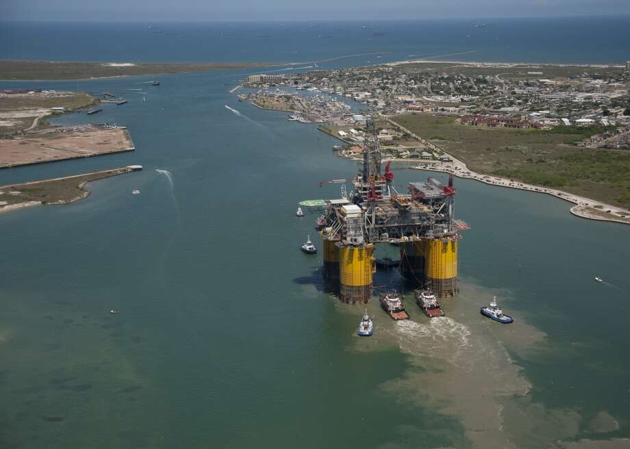 Shell's largest and newest tension leg platform started its final journey on Sunday, setting sail from Ingleside, Texas for a 425-mile voyage to the Mars B Field in the Gulf of Mexico. Photo: Photo By Mike Duhon Productions, Mike Duhon Productions