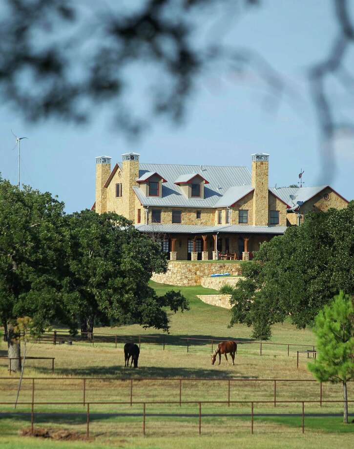 Randy Travis' home is near the north Texas town of Tioga, in Grayson County. (Mona Reeder/The Dallas Morning News)  Photo: Mona Reeder, Staff Photographer / The Dallas Morning News