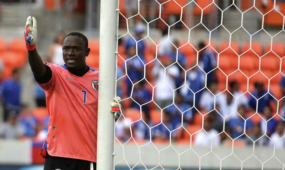 Haiti's goal keeper Frandy Montrevil calls out to teammates during the first half of match 15 CONCACAF Gold Cup 2013 against El Salvador at BBVA Compass Stadium Monday, July 15, 2013, in Houston. Photo: James Nielsen, Houston Chronicle / © 2013  Houston Chronicle