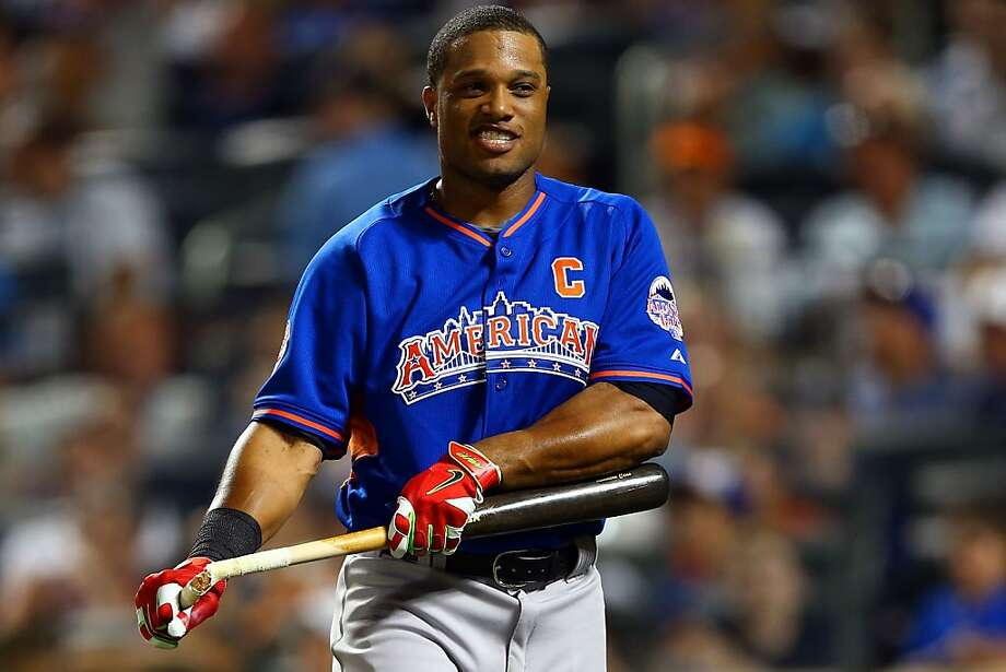 Robinson Cano of the New York Yankees reacts after breaking his bat during the Chevrolet Home Run Derby. Photo: Elsa, Getty Images
