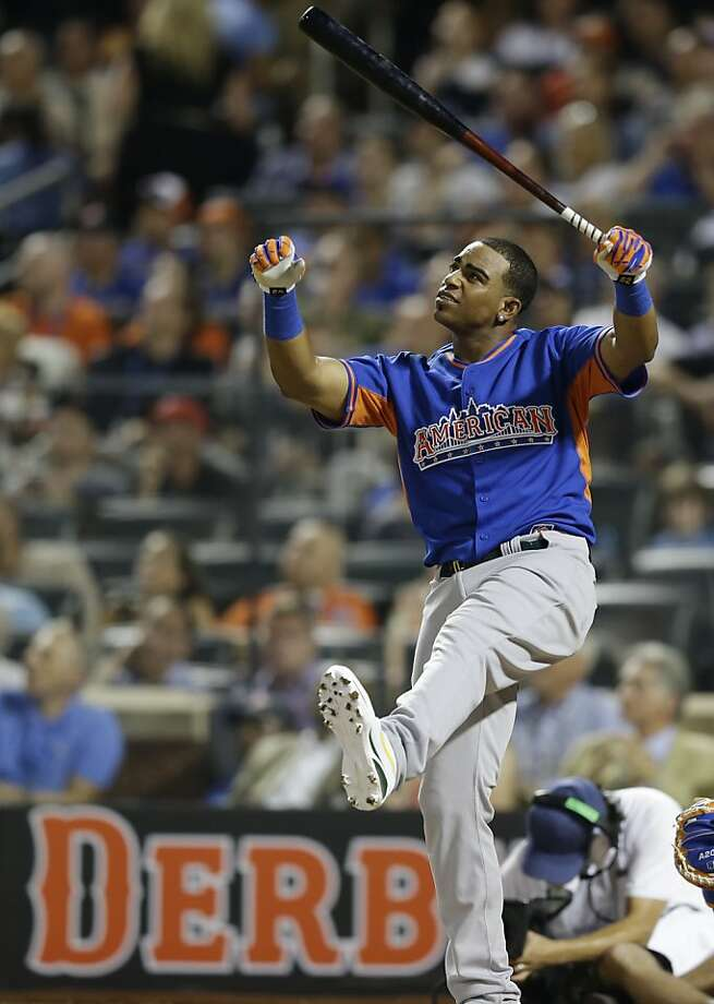 American League's Yoenis Cespedes, of the Oakland Athletics, watches one of his hits during the MLB All-Star baseball Home Run Derby, on Monday, July 15, 2013 in New York. Photo: Kathy Willens, Associated Press
