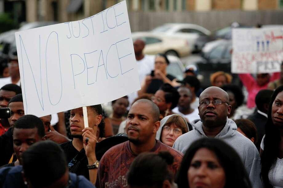 "Protesters chanted, ""No justice; no peace."" Photo: Eric Kayne / ©2013 Eric Kayne"
