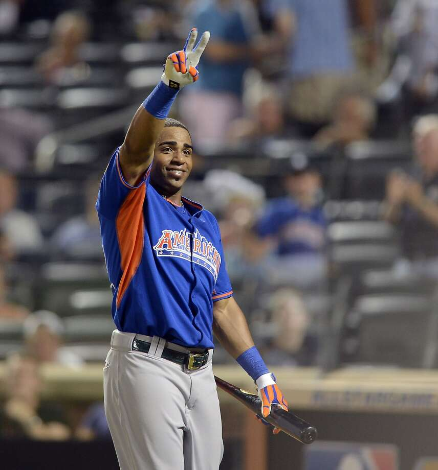 Yoenis Céspedes exults after hitting the tying shot in last year's Home Run Derby. Photo: Thomas A. Ferrara, McClatchy-Tribune News Service