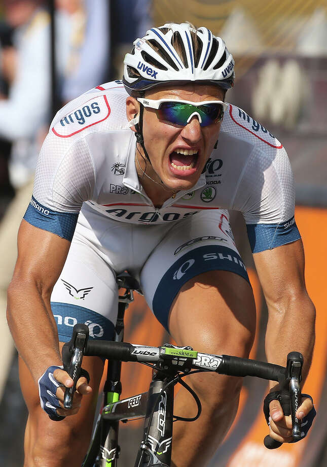 Marcel Kittel of Germany and Team Argos-Shimano wins Stage Ten of the Tour de France 2013 - the 100th Tour de France -, a 197 km road stage from Saint-Gildas-des-Bois to Saint-Malo on July 9, 2013 in Saint-Malo, France. Photo: John Berry, Getty Images / 2013 John Berry