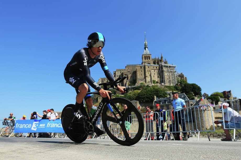 Geraint Thomas of Great Britain and Team Sky Procycling approaches the finish during stage eleven of the 2013 Tour de France, a 33KM Individual Time Trial from Avranches to Mont-Saint-Michel, on July 10, 2013 in Mont-Saint-Michel, France. Photo: Doug Pensinger, Getty Images / 2013 Getty Images
