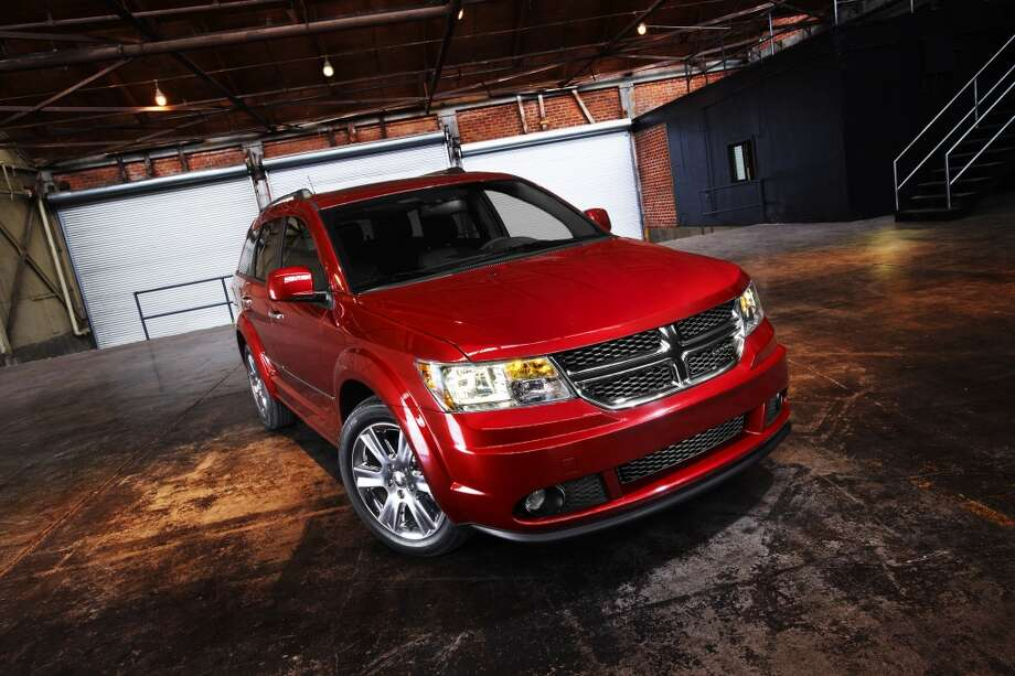 Worst: Dodge Journey CrewBase price:  $19,195 - $30, 795