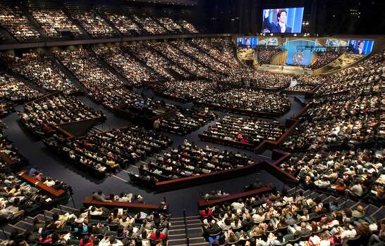 Lakewood Church seats 16,800 people in their central campus, which previously was the Compaq Center. The Church's pastor Joel Osteen has an international following through television broadcasts and his web site. ( Nick de la Torre / Houston Chronicle )