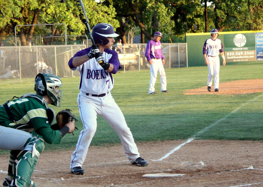 Boerne High School catcher Tyler Nevill, shown here at bat, has accepted a scholarship offer to play baseball at San Jacinto Junior College. Photo: Mike Reeder / For The Northwest Weekly