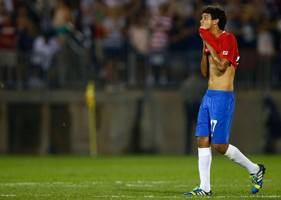 HARTFORD, CT - JULY 16: Yeltsin Tejada #17 of Costa Rica reacts following their 1-0 loss to the United States during the CONCACAF Gold Cup match at Rentschler Field on July 16, 2013 in East Hartford, Connecticut. (Photo by Jared Wickerham/Getty Images)