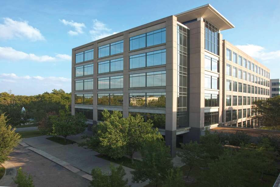 Griffin Capital Corp., on behalf of Griffin Capital Essential Asset REIT, purchased the 149,683-square-foot 1200 Enclave Parkway.