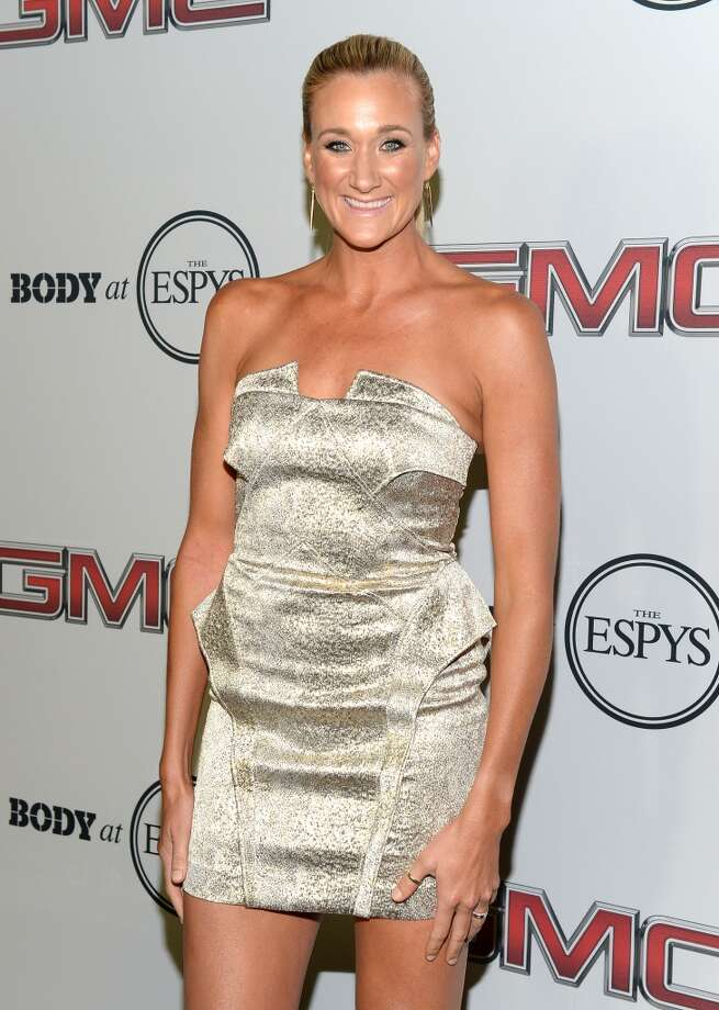 "Professional volleyball playe Kerri Walsh Jennings attends ESPN the Magazine 5th annual ""Body Issue"" party at Lure on July 16, 2013 in Hollywood, California.  (Photo by Michael Kovac/WireImage)"