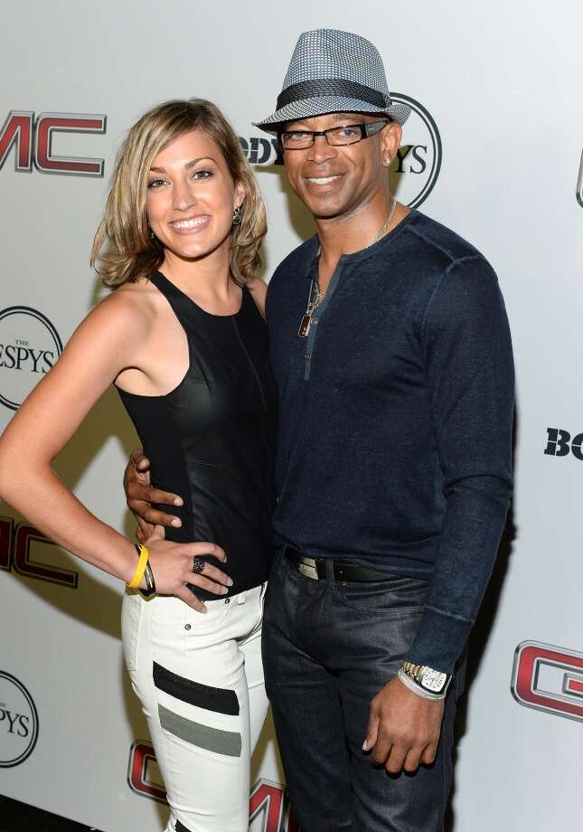 "ESPN Sportscaster Stuart Scott (R) attends ESPN The Magazine 5th annual ""Body Issue"" party at Lure on July 16, 2013 in Hollywood, California.  (Photo by Michael Kovac/WireImage)"