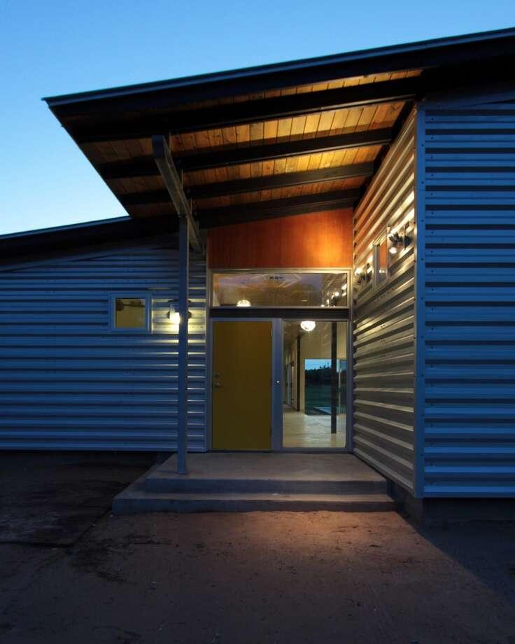 Gulf Coast Farmhouse by m + a architecture studio (Residential)  ARCHITECTURAL DESIGN TEAM Mark Schatz, Anne Eamon, Carrie Tullis, Shane Bushek, Kiza Forgie, Melissa Quagliata  PHOTOGRAPHER Mark Schatz
