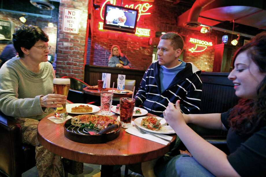 Uno Chicago Grill -- It's like regular pizza, but without all the calorie counting. Photo: Boston Globe, Getty Images / 2012 - The Boston Globe