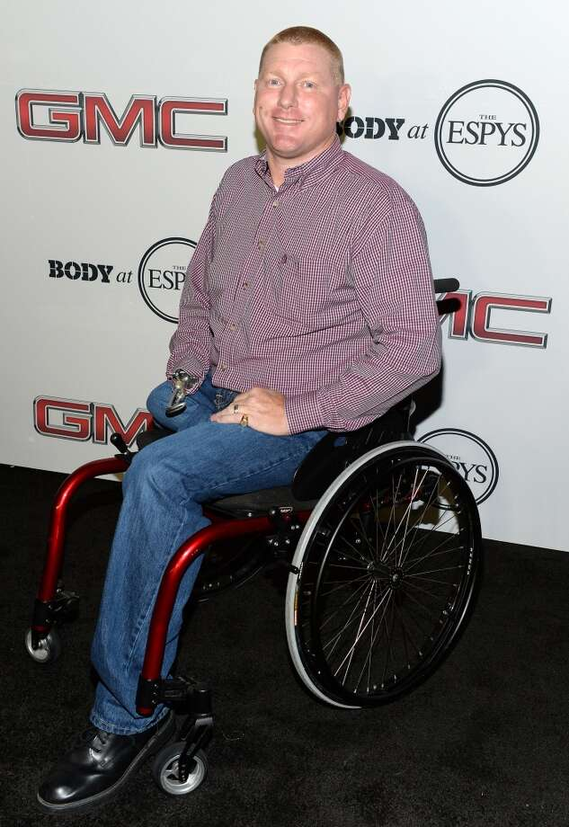 """Paralympian athlete Jeff Fabry attends ESPN the Magazine 5th annual """"Body Issue"""" party at Lure on July 16, 2013 in Hollywood, California.  (Photo by Michael Kovac/WireImage)"""