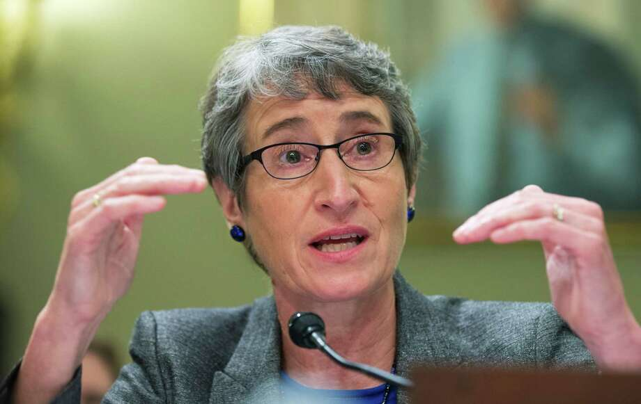 """Sally Jewell: """"As an engineer, I understand fracking,"""" and """"baseline standards apply no matter the geology."""" Photo: Manuel Balce Ceneta, STF / AP"""