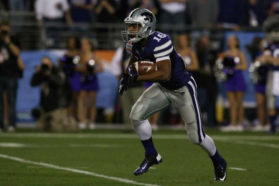 Kansas State KR Tyler LockettPHOTO: Lockett carries the ball against Oregon during the Tostitos Fiesta Bowl at University of Phoenix Stadium on Jan. 3, 2013, in Glendale, Ariz. Photo: Stephen Dunn, Getty Images / 2013 Getty Images