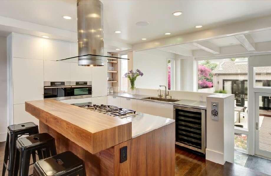 Kitchen. Photo via Eric Turner, McGuire
