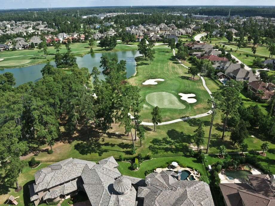 The home backs up to the prestigious Redstone Golf Club, which hosts the Shell Open.