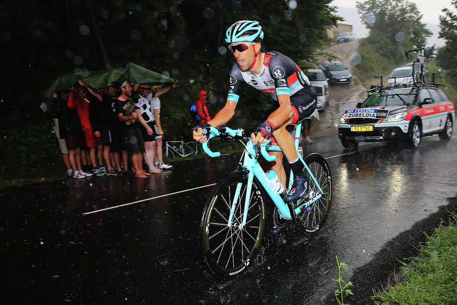 Haimar Zubeldia of Spain and Team Radioshack Leopard rides during stage seventeen of the 2013 Tour de France, a 32KM Individual Time Trial from Embrun to Chorges, on July 17, 2013 in Chorges, France. Photo: Doug Pensinger, Getty Images / 2013 Getty Images