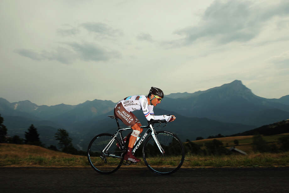 Jean-Christophe Peraud of France and AG2R La Mondiale in action during stage seventeen of the 2013 Tour de France, a 32KM Individual Time Trial from Embrun to Chorges, on July 17, 2013 in Chorges, France. Photo: Bryn Lennon, Getty Images / 2013 Getty Images
