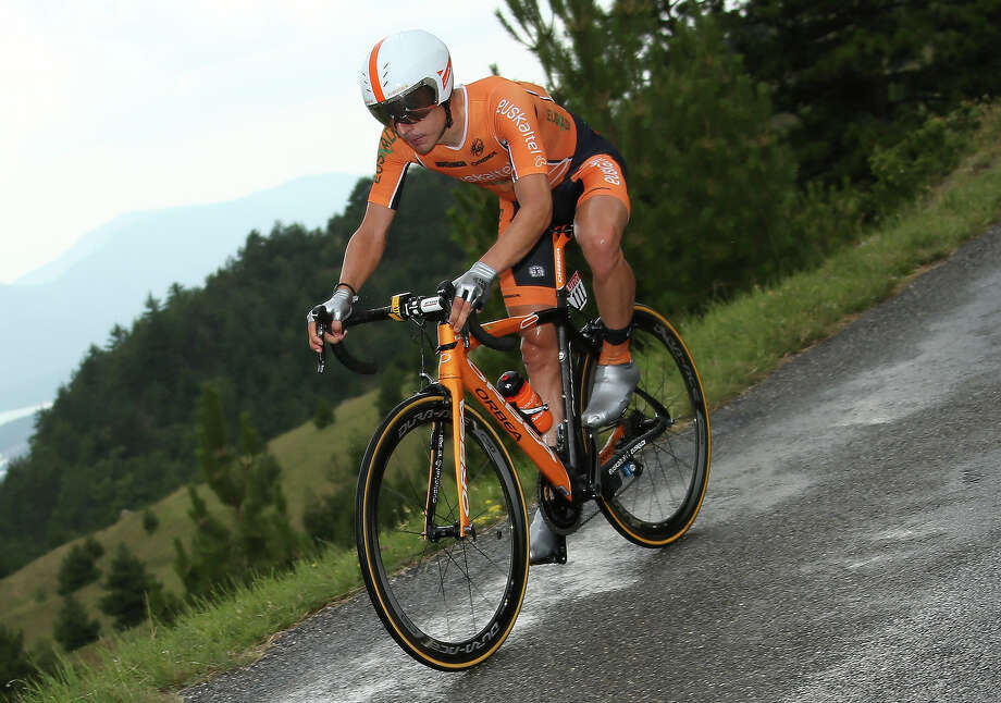 Igor Anton of Spain and Team Euskaltel-Euskadi in action during stage seventeen of the 2013 Tour de France, a 32KM Individual Time Trial from Embrun to Chorges, on July 17, 2013 in Chorges, France. Photo: John Berry, Getty Images / 2013 John Berry