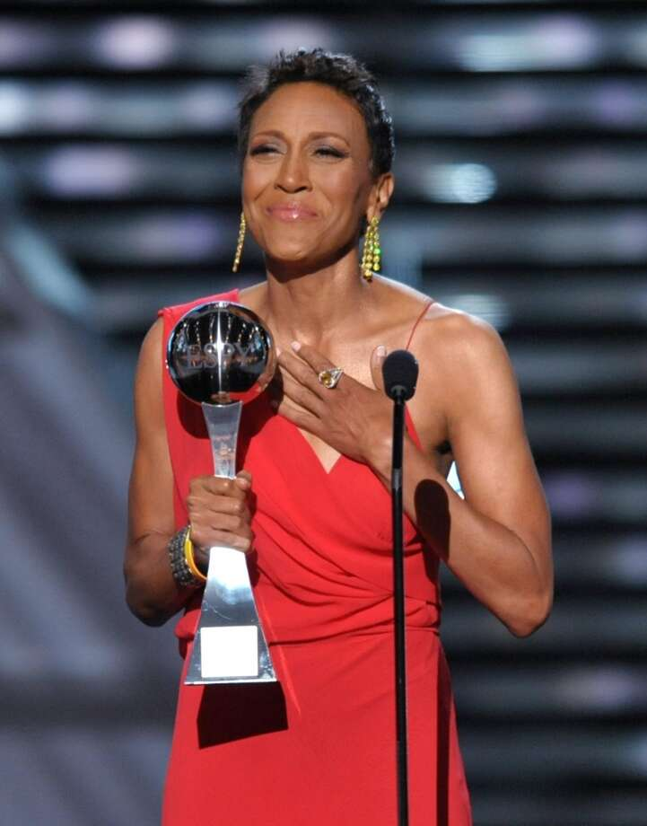 Television host Robin Roberts accepts the Arthur Ashe courage award.