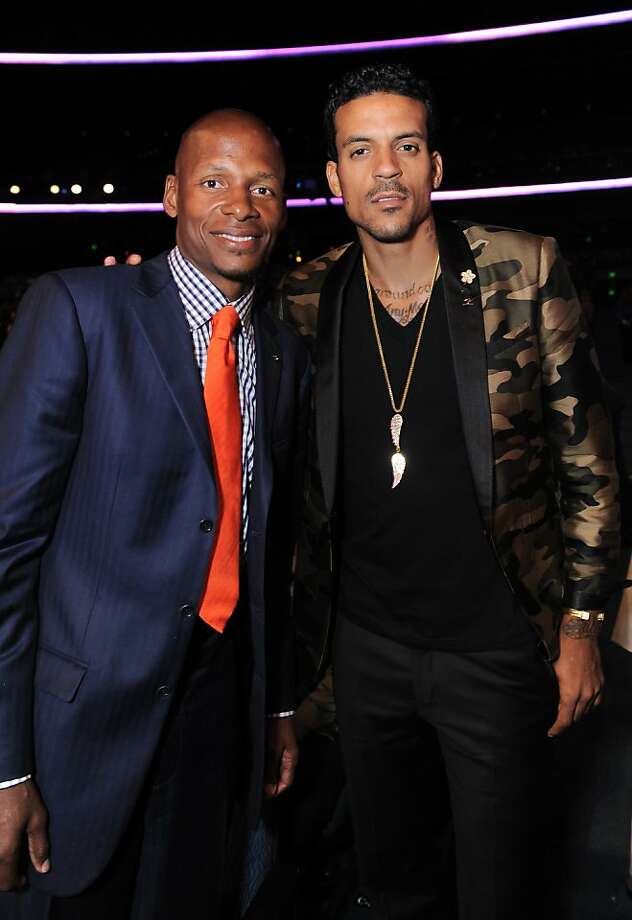 NBA players Ray Allen, left, and Matt Barnes pose in the audience at the ESPY Awards on Wednesday in Los Angeles. Photo: Jordan Strauss, Associated Press