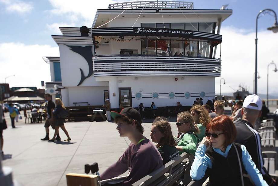 The Franciscan Crab Restaurant at the wharf, which looks like a docked yacht, offers the most dramatic vistas of the bay of any restaurant along San Francisco's waterfront to go along with its fine dining. Photo: Liz Hafalia, The Chronicle