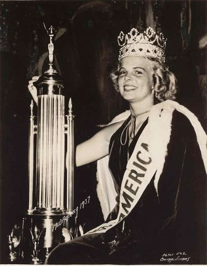 1937: Bette Cooper. Bertrand Island, N.J. Photo: Miss America Organization