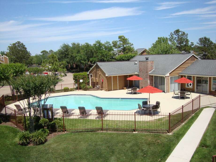 Among the amenities at Whispering Winds are two swimming pools, a dog park and a tennis court.