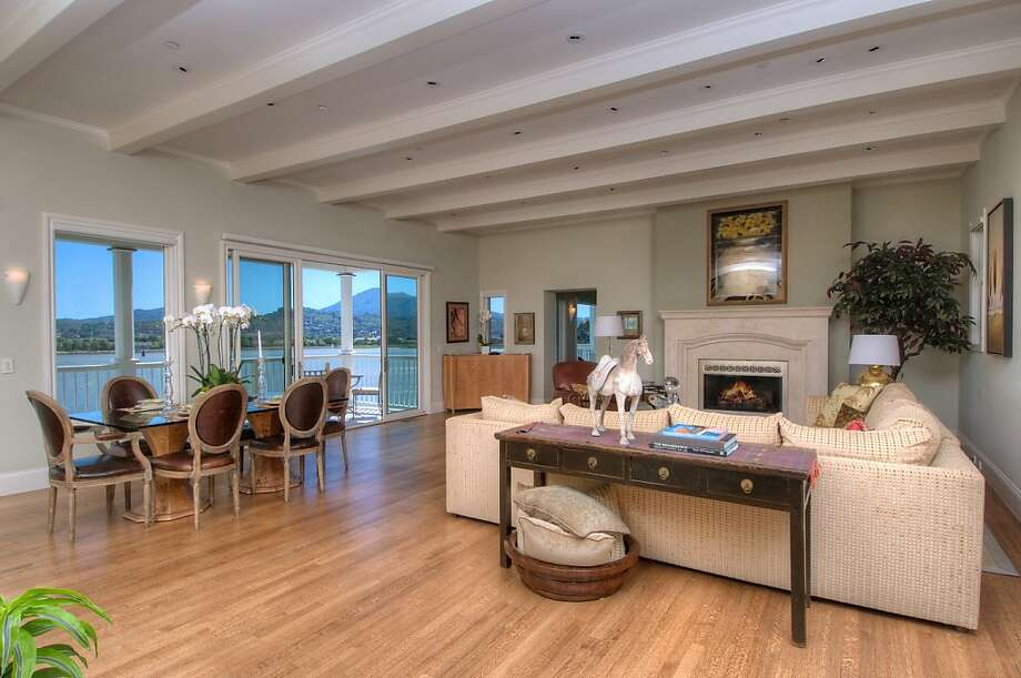 Cliffside San Rafael Home Sits On Three Lots Sfgate