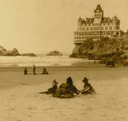 The Cliff House circa 1898.