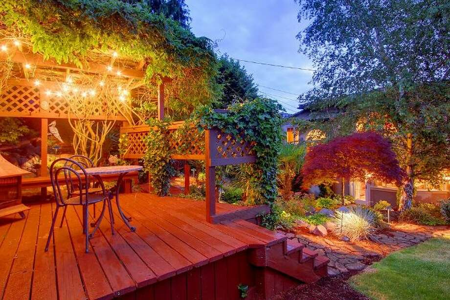 Deck of 3307 S.W. Andover St. It's listed for $1.199 million. Photo: Courtesy Adam E. Cobb, Windermere Real Estate