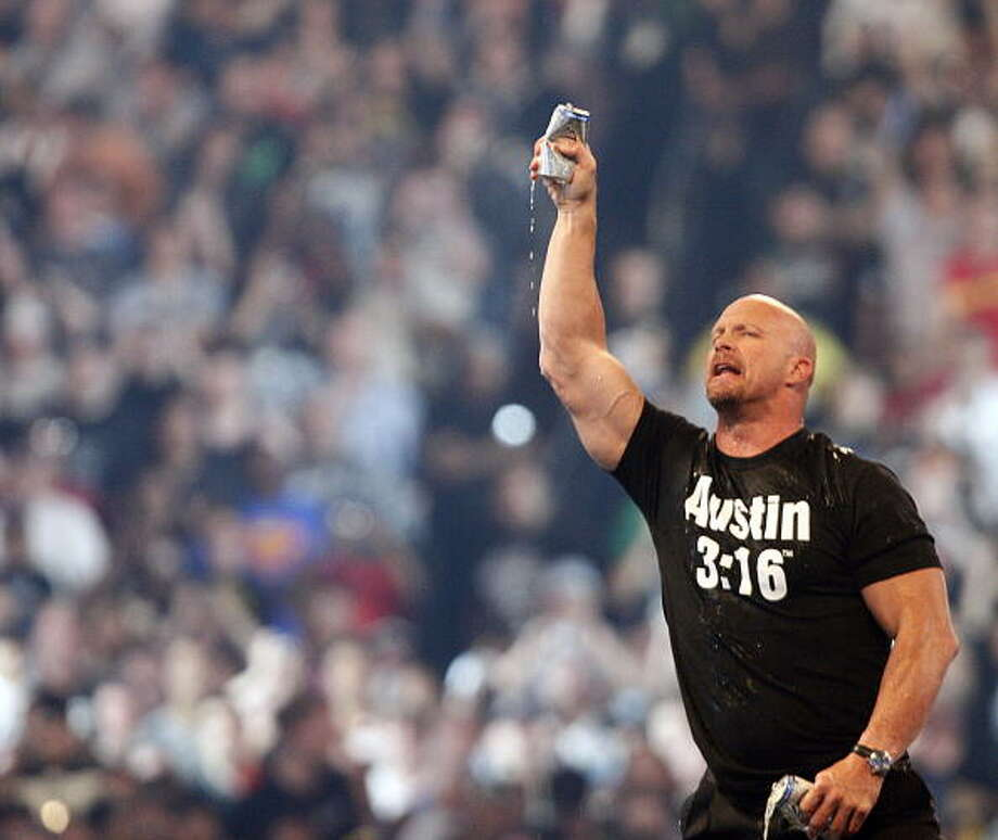 Steve Austin was charged with assault in 2002. Photo: Bob Levey, WireImage / 2009 Bob Levey