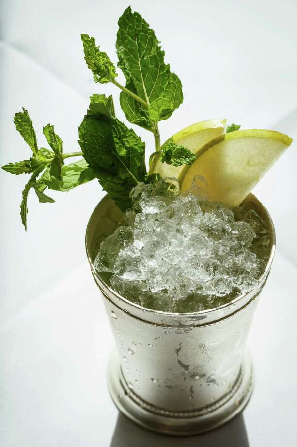 Rizzuto's restaurant, with locations in Stamford, Bethel and Westport, will serve mint juleps and bourbon-glazed BBQ baby back ribs throughout the weekend. Find out more. VIDEO: How to make a mint julep Photo: Michael Paulsen, Staff / © 2013 Houston Chronicle