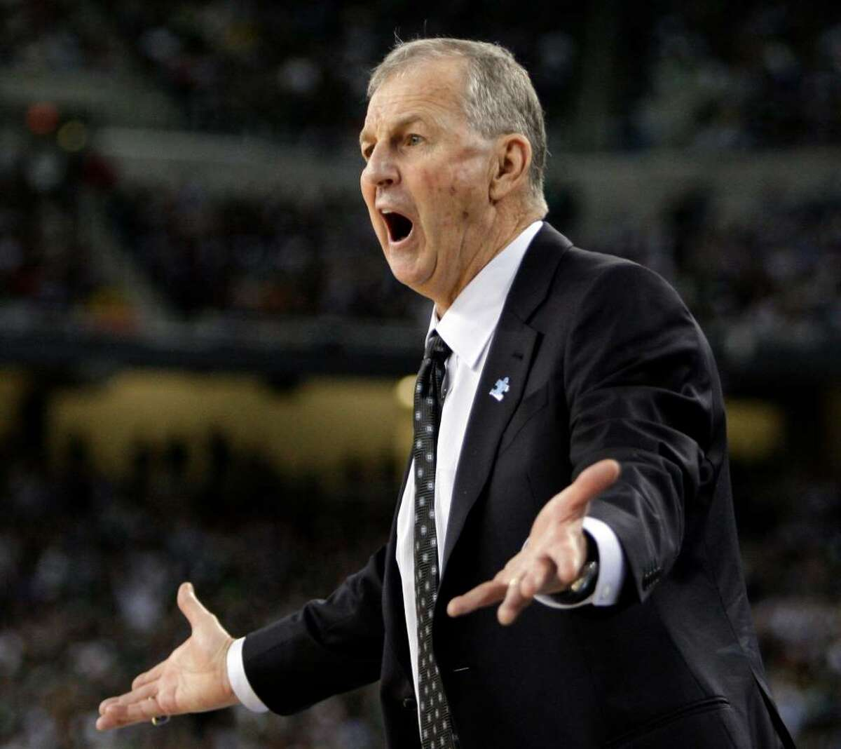Connecticut head coach Jim Calhoun reacts in the first half against Michigan State during a men's NCAA Final Four semifinal college basketball game Saturday, April, 4, 2009, in Detroit. (AP Photo/Eric Gay)