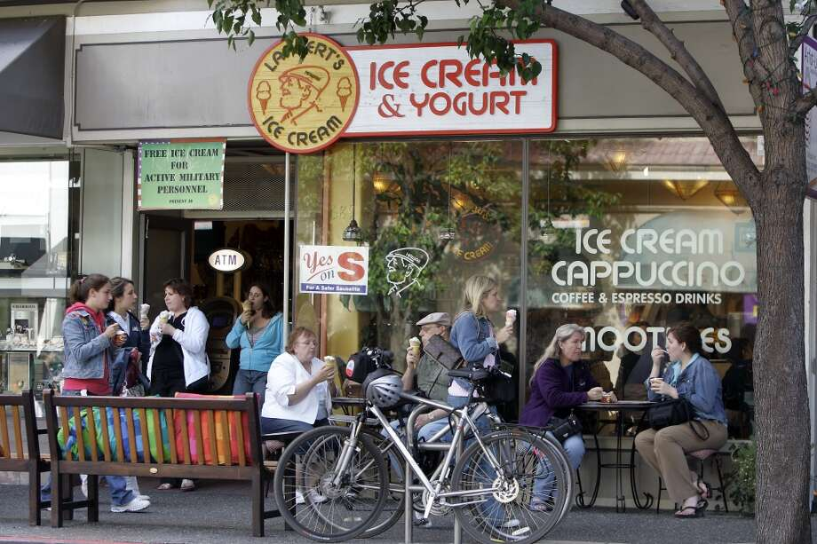 Lappert's Ice Cream, Sausalito. Super-rich ice cream made in Hawaiian flavors: Caramel coconut Macadamia Nut, Guava Sorbet, Kona Coffee. (689 Bridgeway) Photo: Darryl Bush, SFC