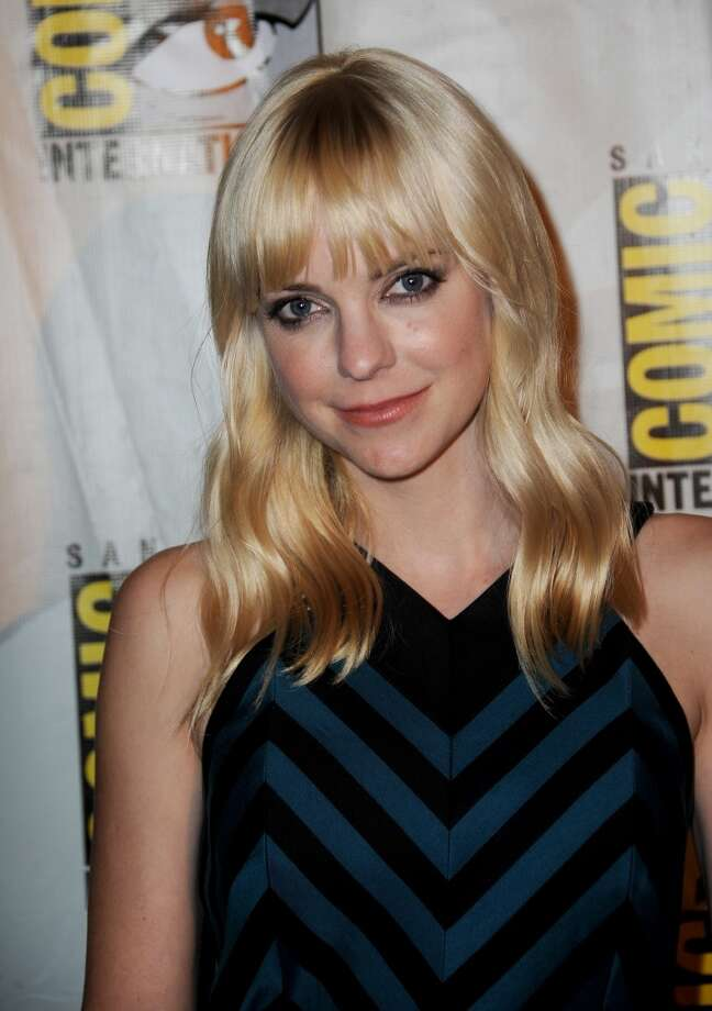 Actress Anna Faris during Comic-Con International at San Diego Convention Center on July 19, 2013 in San Diego, California.  (Photo by Albert L. Ortega/Getty Images)