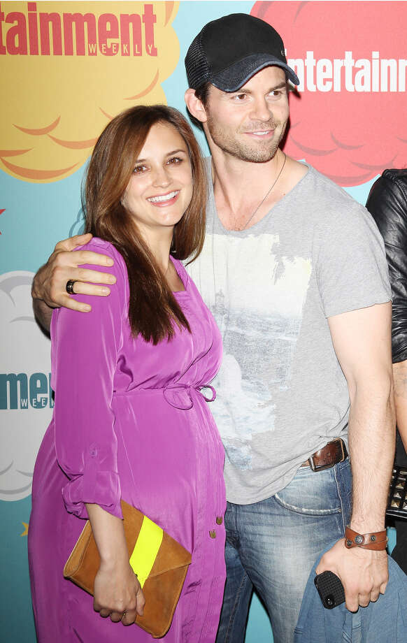 Rachael Leigh Cook (L) and Daniel Gillies arrive at the Entertainment Weekly's Annual Comic-Con celebration held at Float at Hard Rock Hotel San Diego on July 20, 2013 in San Diego. Photo: Michael Tran, FilmMagic / Getty Images