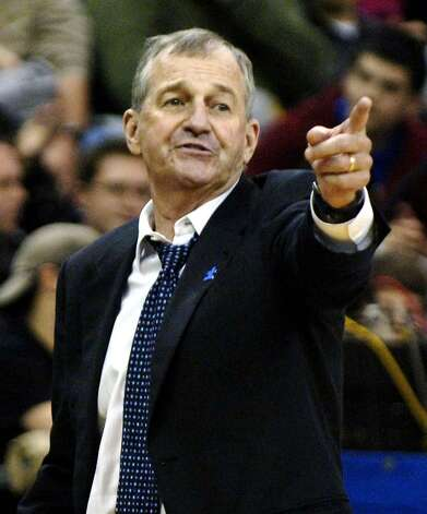 Connecticut coach Jim Calhoun gives instructions to his team during the second half of an NCAA basketball game against Buffalo Bulls in Amherst, N.Y. on Thursday, Dec. 4, 2008. UConn won 68-64.  (AP Photo/Don Heupel) Photo: Don Heupel, AP / FR48438 AP
