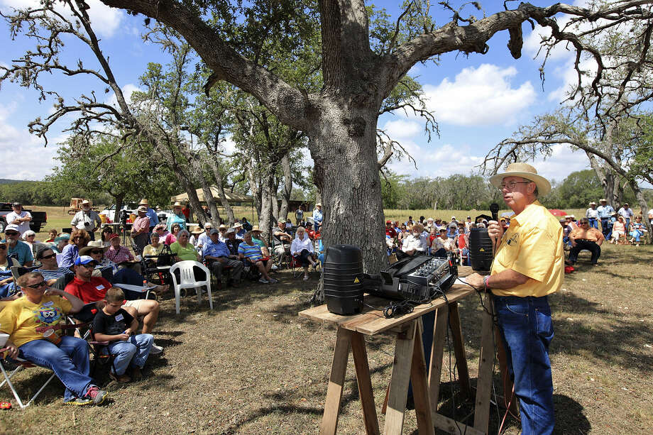 Hanging Tree Ranch owner Phil Watkins speaks during a ceremony recognizing the 150th anniversary of the killing of eight men on the ranch property near Bandera in 1863. Photo: Photos By Edward A. Ornelas / San Antonio Express-News