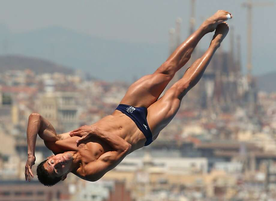 Rommel Pacheco of Mexico competes in the Men's 1m Springboard Diving final on day three of the 15th FINA World Championships. Photo: Clive Rose, Getty Images