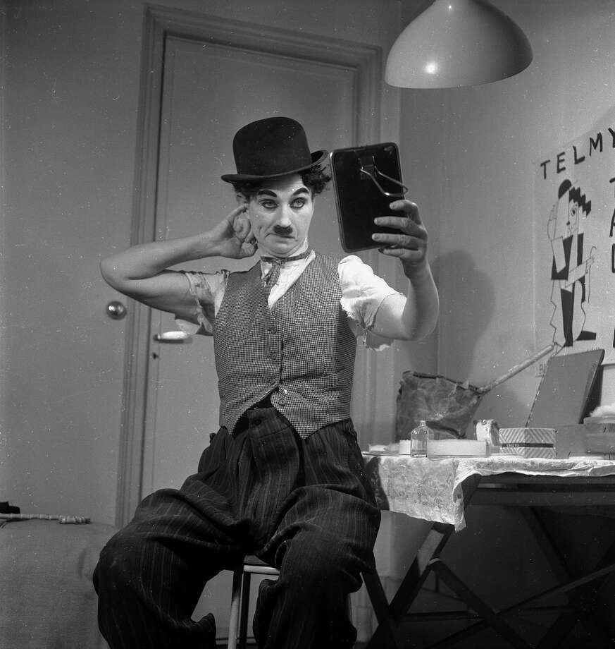 Fake Charlie Chaplin. Photo: Michel Brodsky, Getty Images / Hulton Archive