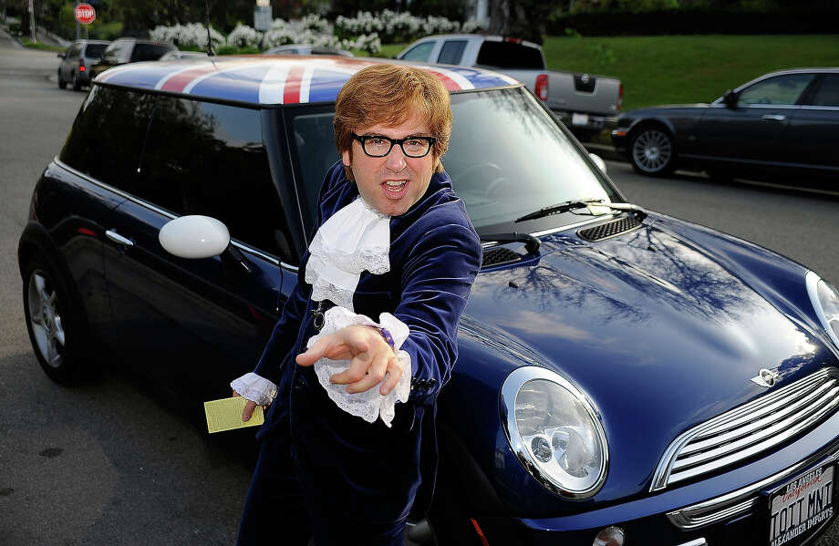 Fake Austin Powers. Photo: Frazer Harrison, Getty Images / 2009 Getty Images