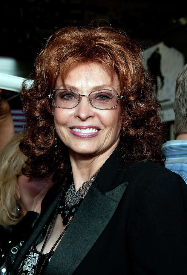 Fake Sophia Loren. Photo: Amanda Edwards, Getty Images / 2012 Amanda Edwards