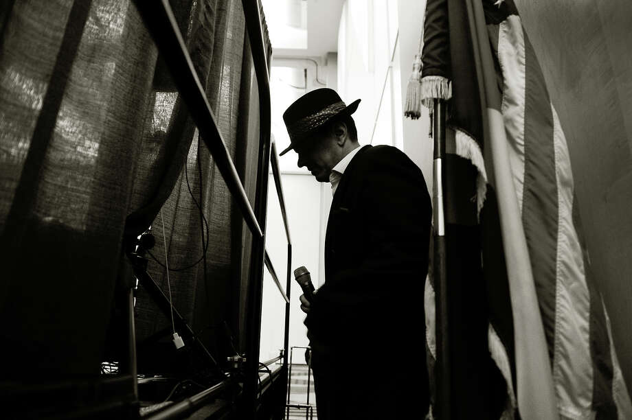 Fake Sinatra. Photo: Craig F. Walker, Denver Post Via Getty Images / (C) 2011 The Denver Post