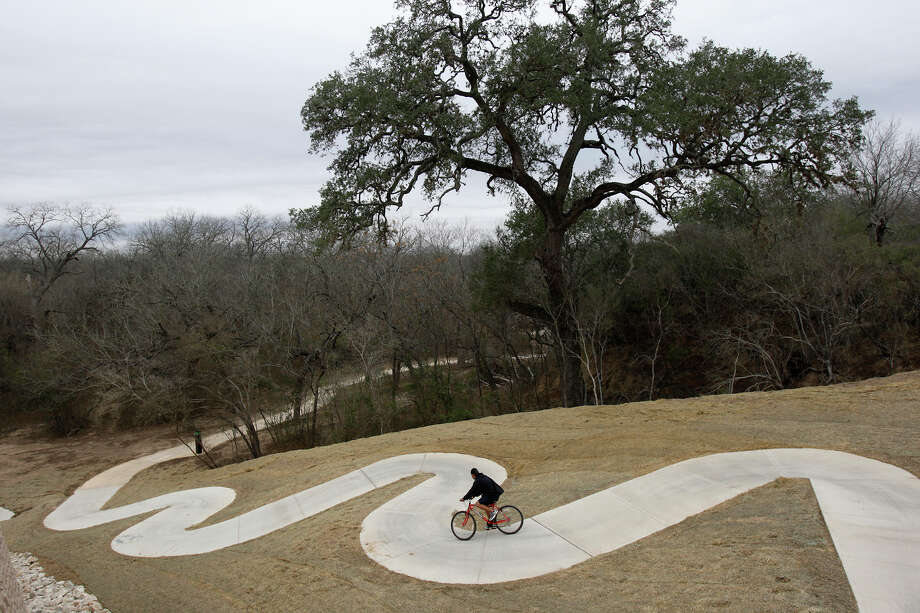 Medina River Natural Area, 15890 Highway 16 SouthAn alternate option to similarly styled parks which may be more popular during the summer months, this Southside area provides access to the 511-acre property with 7 miles of trails.  Photo: JERRY LARA, SAN ANTONIO EXPRESS-NEWS / glara@express-news.net